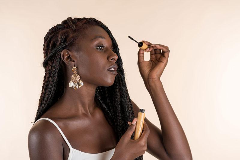 Natural mascara black woman paraben free
